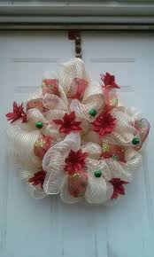 3 ways to make a deco mesh wreath wikihow