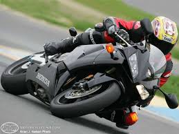 honda 600rr 2005 2005 supersport track cbr600rr comparison motorcycle usa