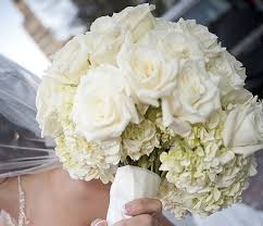 white wedding bouquets captivating white wedding bouquets white bridal bouquets white