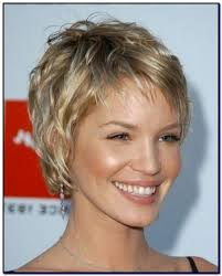 short hairstyles for women over 50 with fine hair photo 4