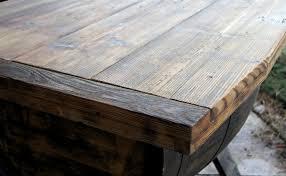 Wohnzimmertisch Truhe Atos Tisch Mit Einer Truhe Aus Einem Weinfass Loftmarkt De