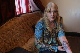 facing alzheimer u0027s mother gets tattoo of her son so she u0027ll never