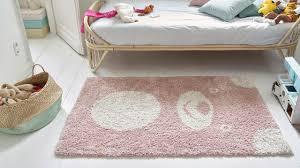 tapis pour chambre bebe chambre d enfant quelle couleur choisir côté maison