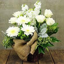 white flower arrangements vanilla