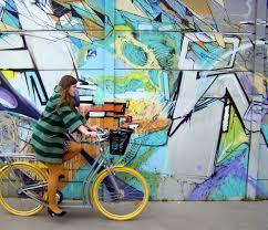 Bordeaux Street Art L U0027instant Couleur Vert Profond Et Street Art Autour De Cia