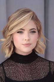 hairstyles short on an angle towards face and back ashley benson the angle of this photo makes it easier to see her