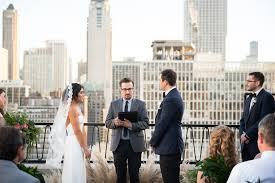 weddings in chicago chicago rooftop wedding ceremony 3 elizabeth designs the