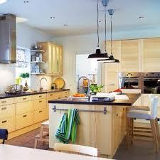 les cuisines but espace entre plan de travail et meuble haut 7 entre les meubles
