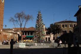 murano glass tree by cenedese not a hit in ferrara