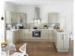 cuisine tout equipee beau cuisine tout equipee avec meuble cuisine equipee inspirations