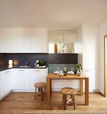 kleine kche einrichten winzige küche einrichten kuche essplatz fur kleine kuchen modern