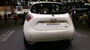 renault motor renault zoe ze 40 plugs into paris with 250 mile range