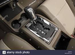 Dodge Journey Black - 2009 dodge journey r t in black gear shifter center console
