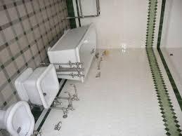 bain de si e salle de bain 1900 meuble ancien salle de bains meuble r tro salle