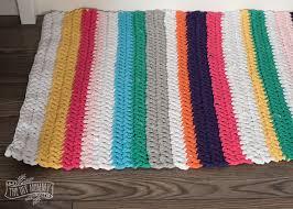 How To Make T Shirt Yarn Rug Crochet A T Shirt Yarn Rug The Diy Mommy