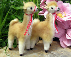 small alpaca figurine new richmond alpaca farm
