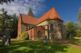 gambrel style homes file st clemens romanus kirche in marklohe img 9051 jpg