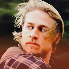 how to get the jax teller hair look 8110 best charlie hunnam 1 images on pinterest charlie