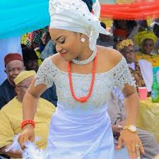 traditional wedding attire and chike colorful igbo inspired traditional wedding