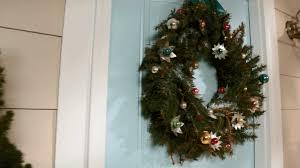 Christmas Wreath Decorating Ideas Photos by Christmas Wreaths