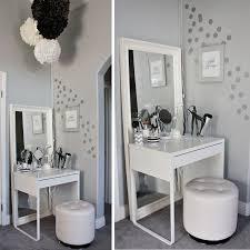 Bedroom Vanity Table Best 25 Small Makeup Vanities Ideas On Pinterest Diy Makeup