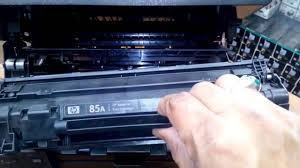 resetter hp laserjet m1132 replacing toner cartridge on hp laserjet m1132 printer youtube