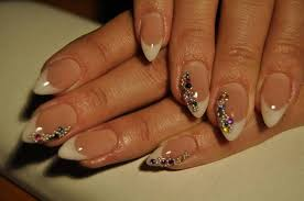 fabulous rhinestone nail art tutorial perfect for parties free