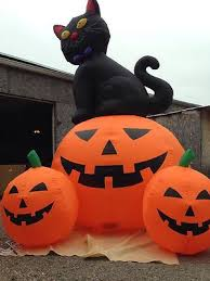 37 best inflatable images on pinterest halloween inflatables