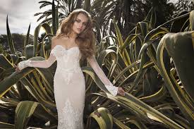 Fitted Wedding Dresses Wedding Dresses Low Back Gowns By Julie Vino Inside Weddings