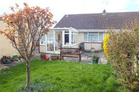 2 bedroom bungalow for sale in windsor close burnham on sea