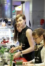 cours de cuisine halles de lyon les halles de lyon paul bocuse diy mode lyon artlex