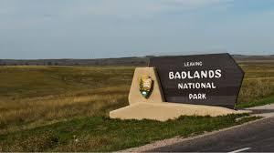 Bad Lands Badlands Park Tweets Fleetingly Defy Trump Climate Views Cnet