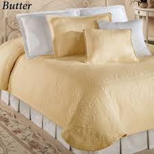Oversized Quilted Bedspreads Bedroom Using Gorgeous Matelasse Coverlet For Cozy Bedroom