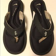 Nike Comfort Flip Flop 70 Off Nike Shoes Nike Comfort Footbed Sandals Flip Flops