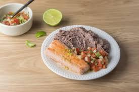 cuisiner haricots rouges saumon pico de gallo et purée de haricots rouges courgette quitoque