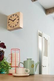 pendule originale pour cuisine idée décoration murale une horloge pour sublimer votre mur