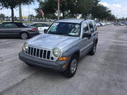 jeep liberty silver 49756r 2005 jeep liberty john rogers used cars used cars for