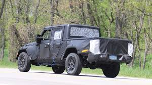 jeep wrangler pickup concept jeep wrangler pickup spied up close riding high