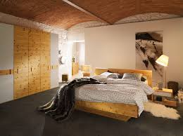 Zirbenbett Das Gesunde Zirbenholzbett Von Lamodula Zirbenholz Schlafzimmer Zirbenschlafzimmer Schlafzimmer Zirbe