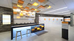 inside amazon u0027s first brick and mortar store video business news