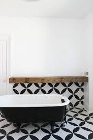 20 best idee per la tana images on pinterest live bathroom