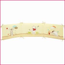 tapis de chambre winnie l ourson chambre winnie l ourson aubert lit enfant winnie l ourson tour de