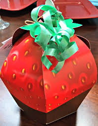 White Chocolate Covered Strawberry Box Make Her Day With The Mother U0027s Day Signature Berry Box From Edible