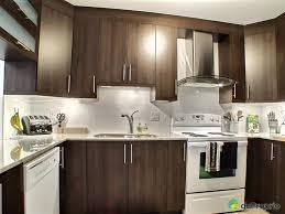 cuisine armoire brune épinglé par stéphanie mg sur cuisine cuisines