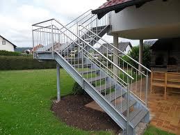 treppe auãÿen die besten 25 treppe außen ideen auf hauseingang
