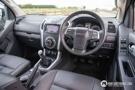 isuzu dmax interior isuzu d max at35 reviewed