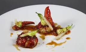 cuisine homard recette de homard breton agrumes poivres par alain ducasse