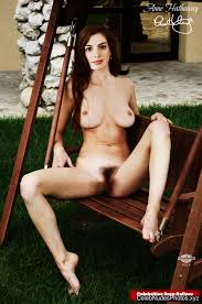 anne hathaway nude pic anne hathaway nude celebrity pics celeb nudes photos