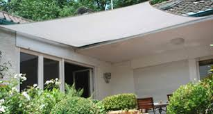 balkon regenschutz regenschutz sonnensegel markise