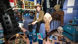 dr who bedroom doctor who fan rents out memorabilia bedroom for charity bbc news
